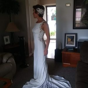 Elegant Wedding Gown Size 2.